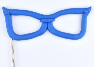 Brille blau